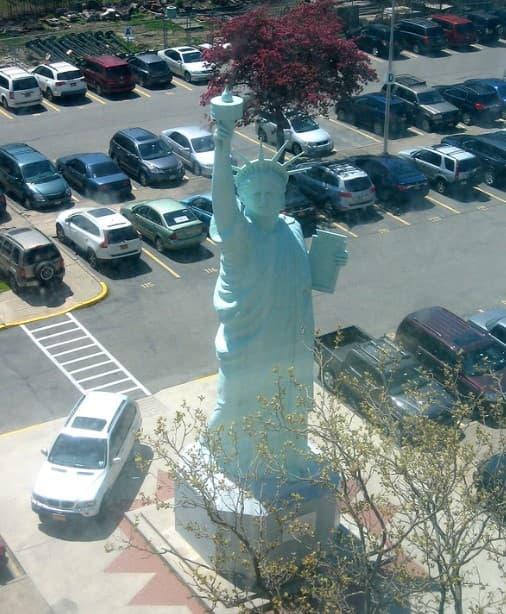 brooklyn estatua libertad