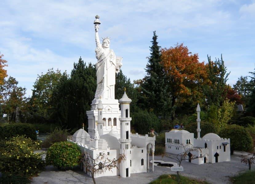 estatua de la libertad dinamarca lego