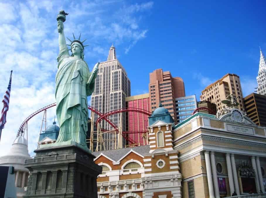 estatua de la libertad las vegas