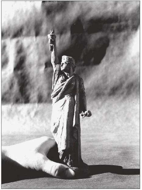 orígenes en arcilla diosa de la libertad