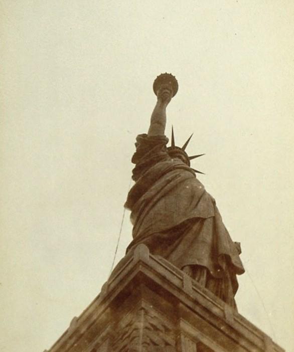 La Estatua de la Libertad en la inauguración.