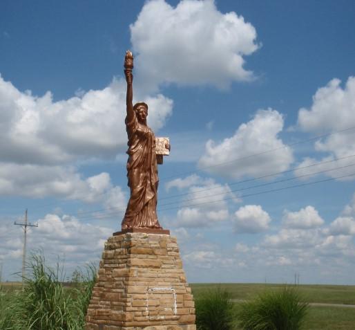 estatua de la libertad kansas