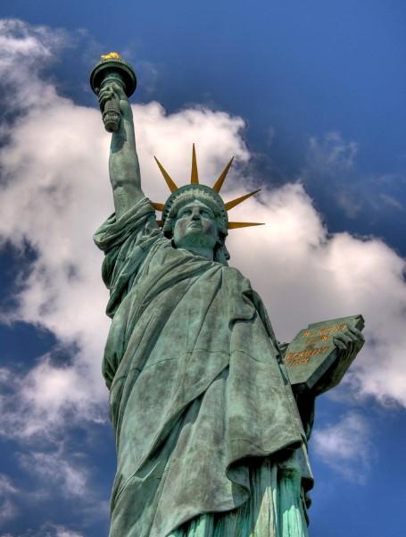 estatua de la libertad paris tablilla